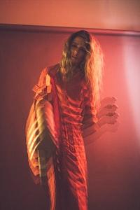 woman illusion photography