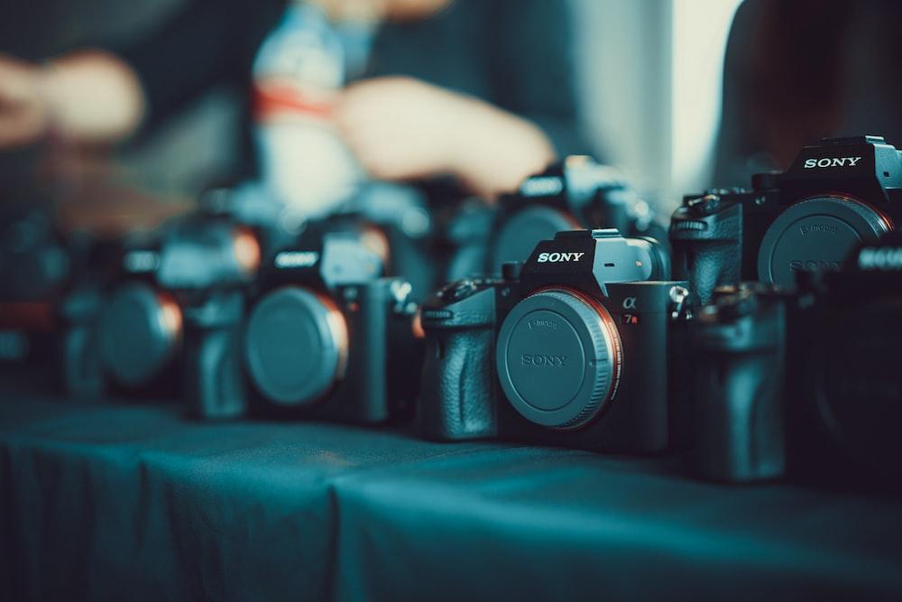 Sony DSLR camera lot