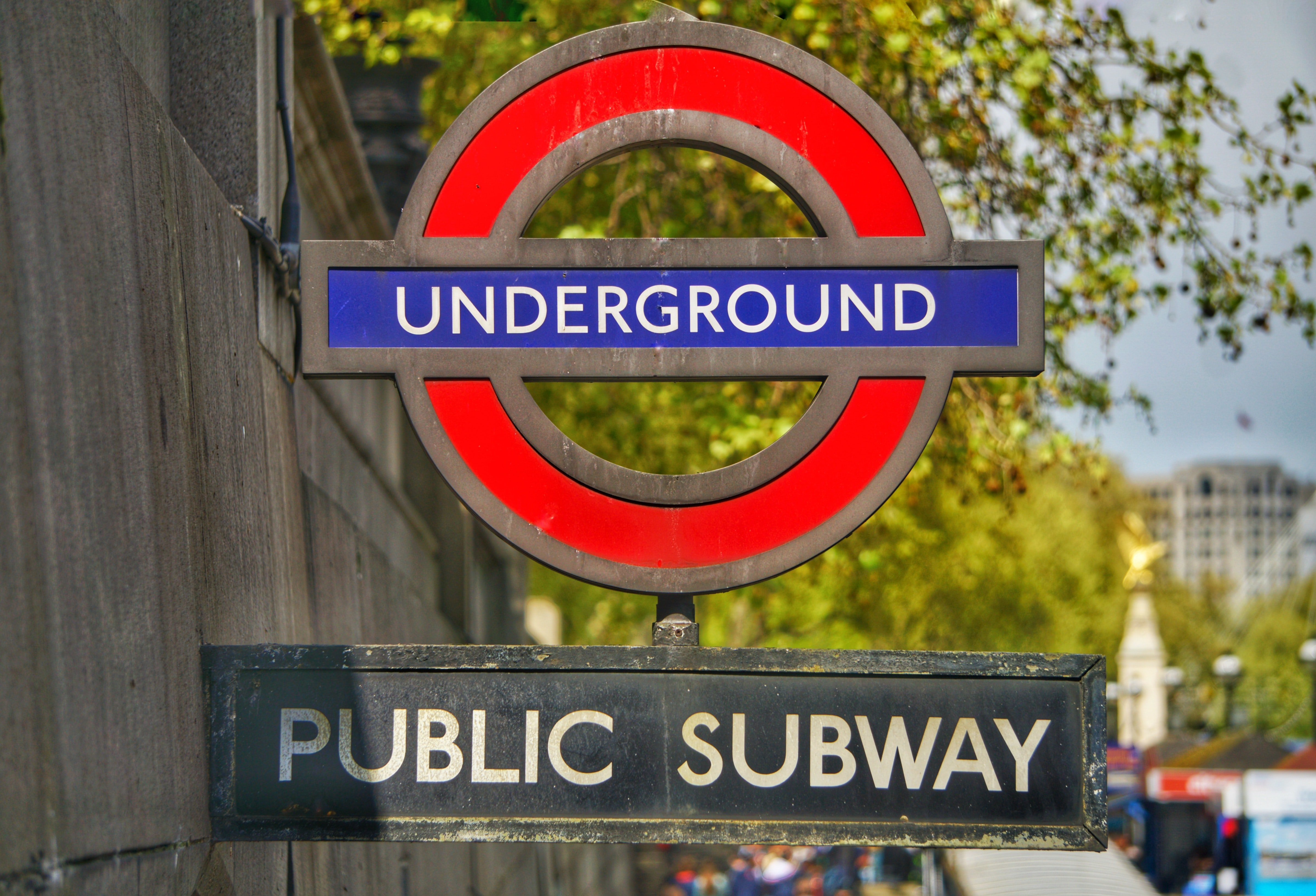 Undergroung public subway signage