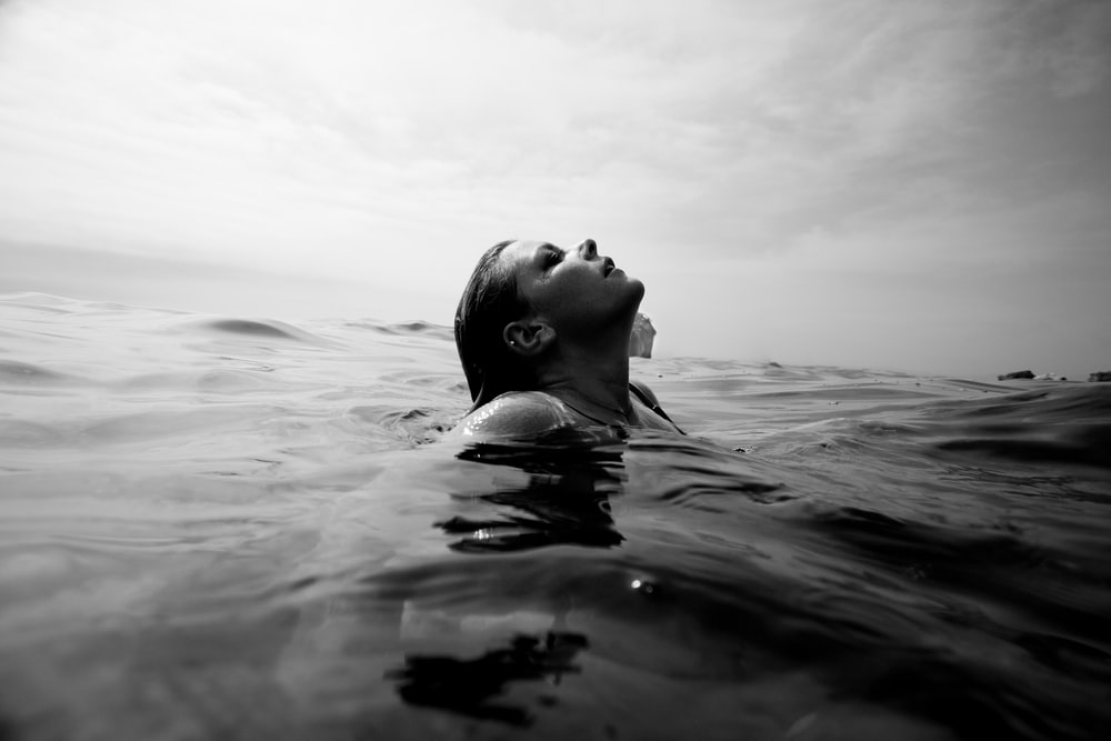 Head Above Water Pictures | Download Free Images on Unsplash