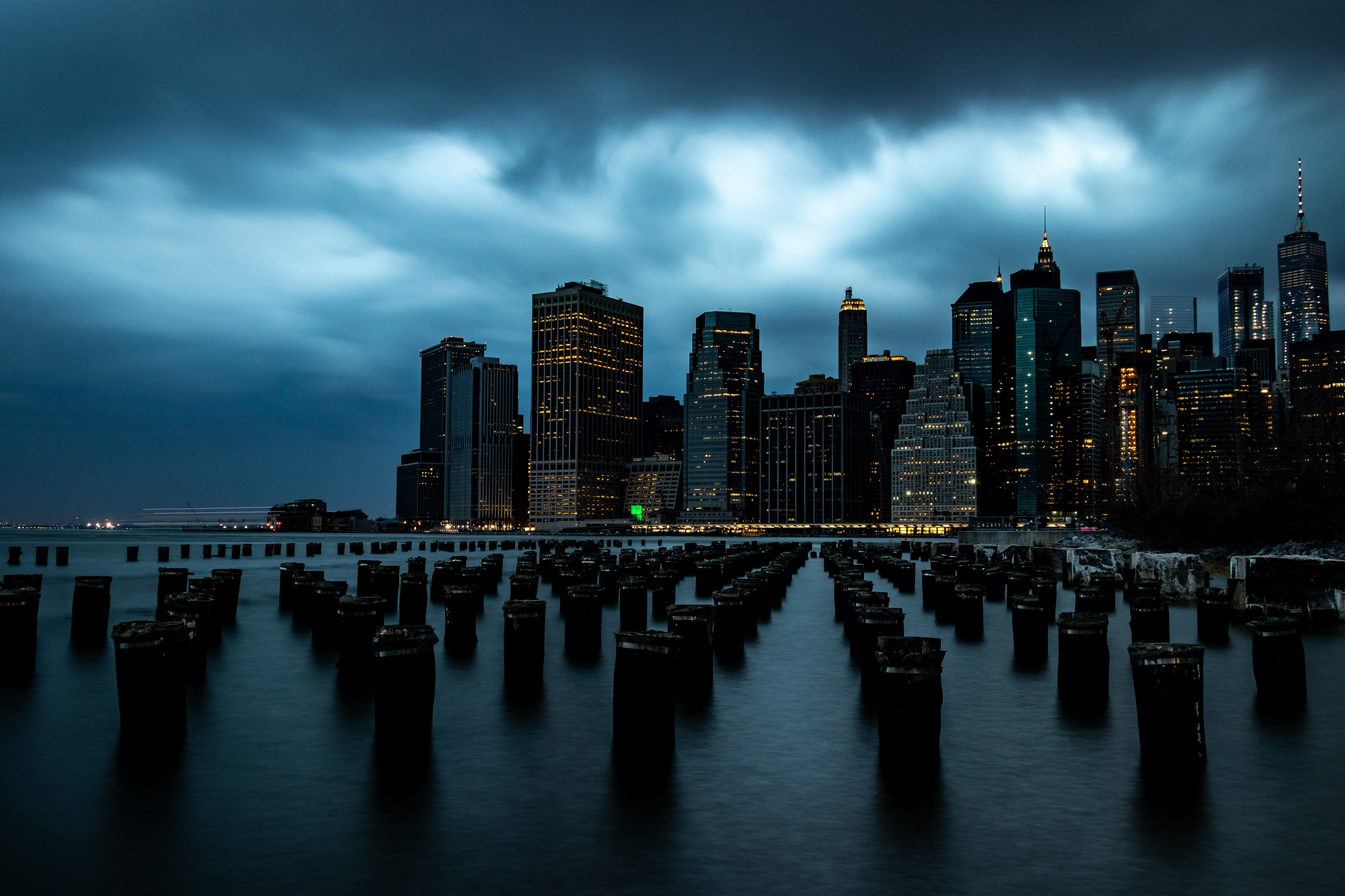 landscape photography of city buildings