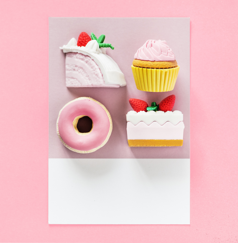 four desserts wall decor
