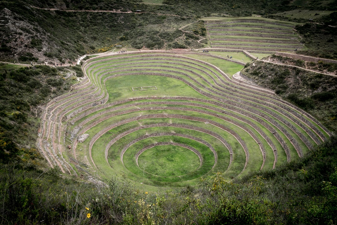 The full purpose behind these concentric terraces isn't fully known. However, it is widely believed that the ruins were once an agricultural laboratory used by the Incas.  The circular terraces that lie here are thought to have been used as an agricultural research station. Their depth, design, and their orientation with regard to the sun and wind are all telltale signs that they have a specific purpose. Because of the different conditions at each level of the terraces there is a difference in temperature of 15 °C (27°F) from the top to the bottom.