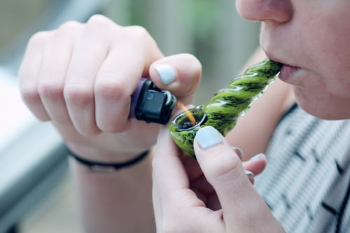 How Medical Marijuana Can Help Relieve Symptoms 4