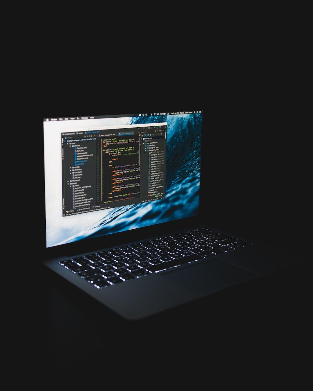 laptop computer turn on