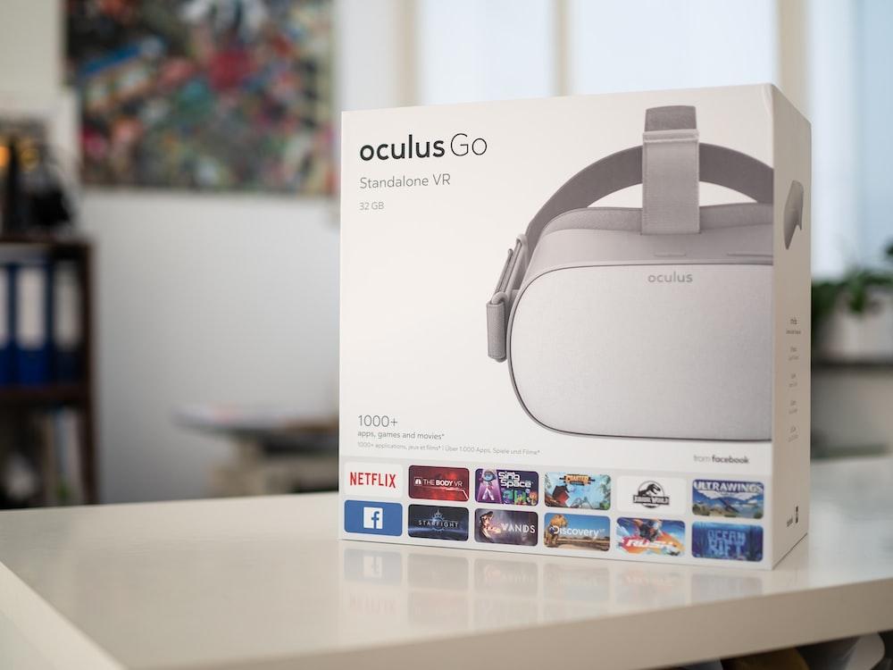 white Oculus Go VR goggle box
