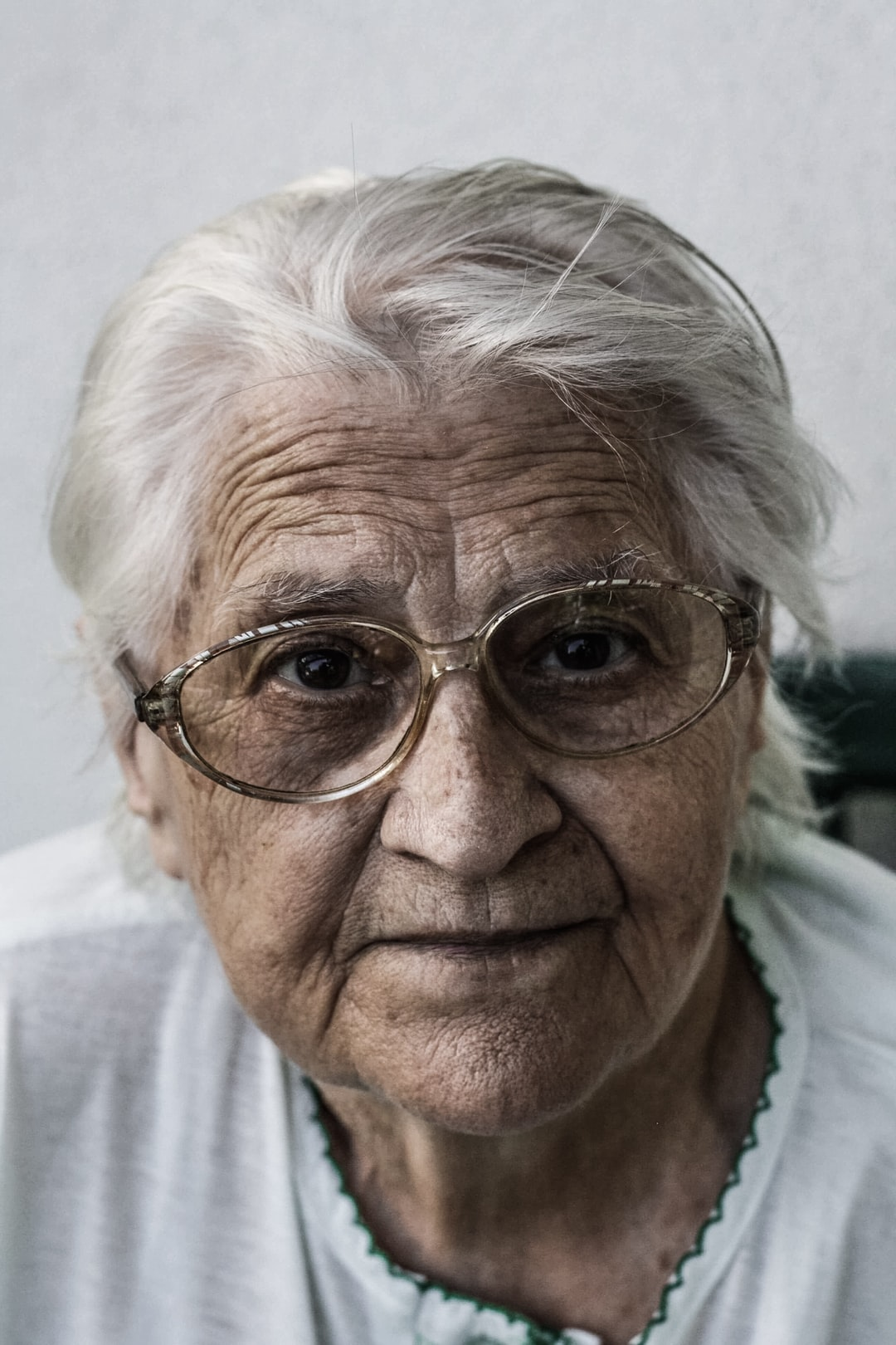 27+ Old Woman Pictures | Download Free Images on Unsplash