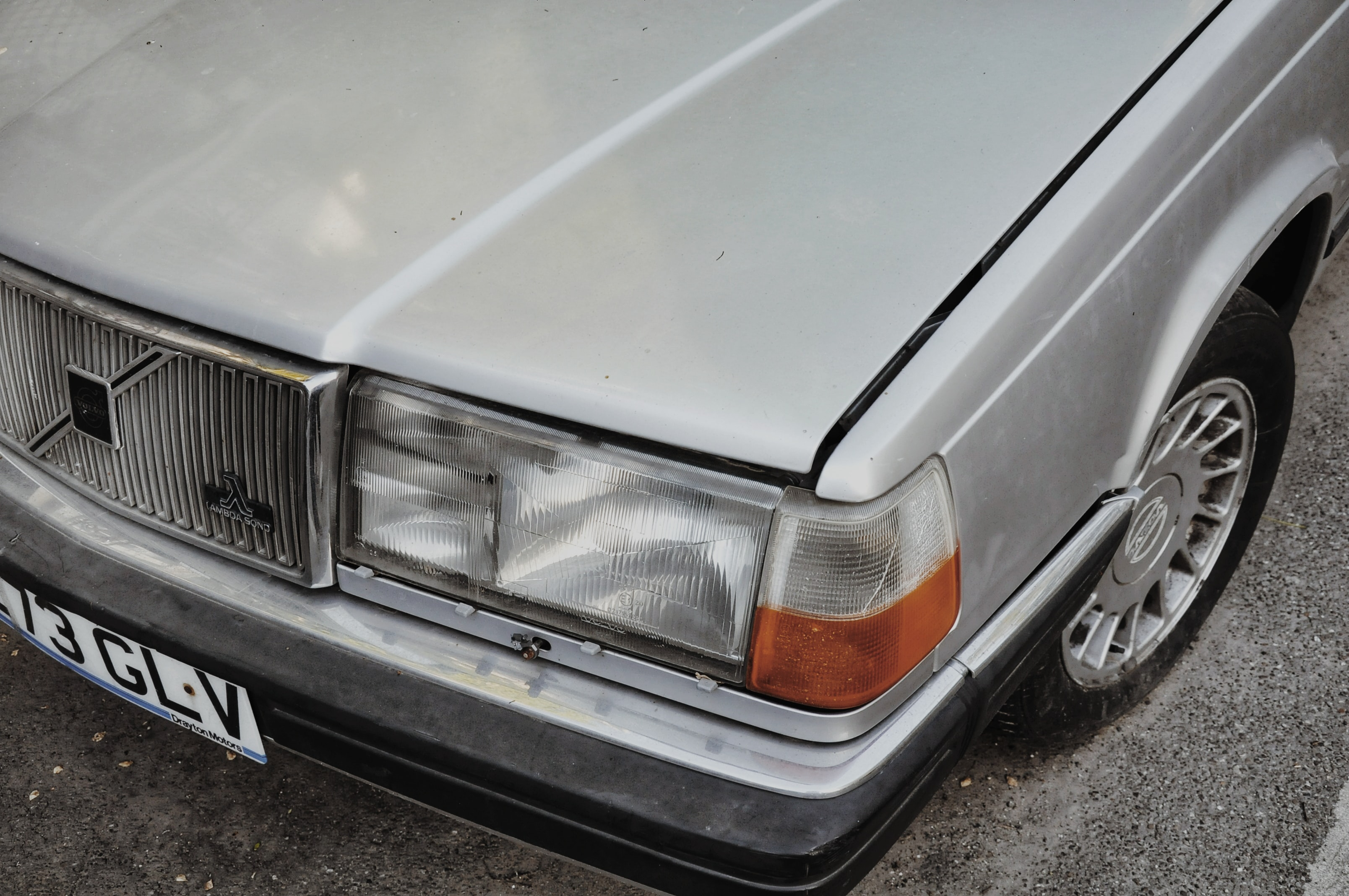 close up photo of silver Volvo car