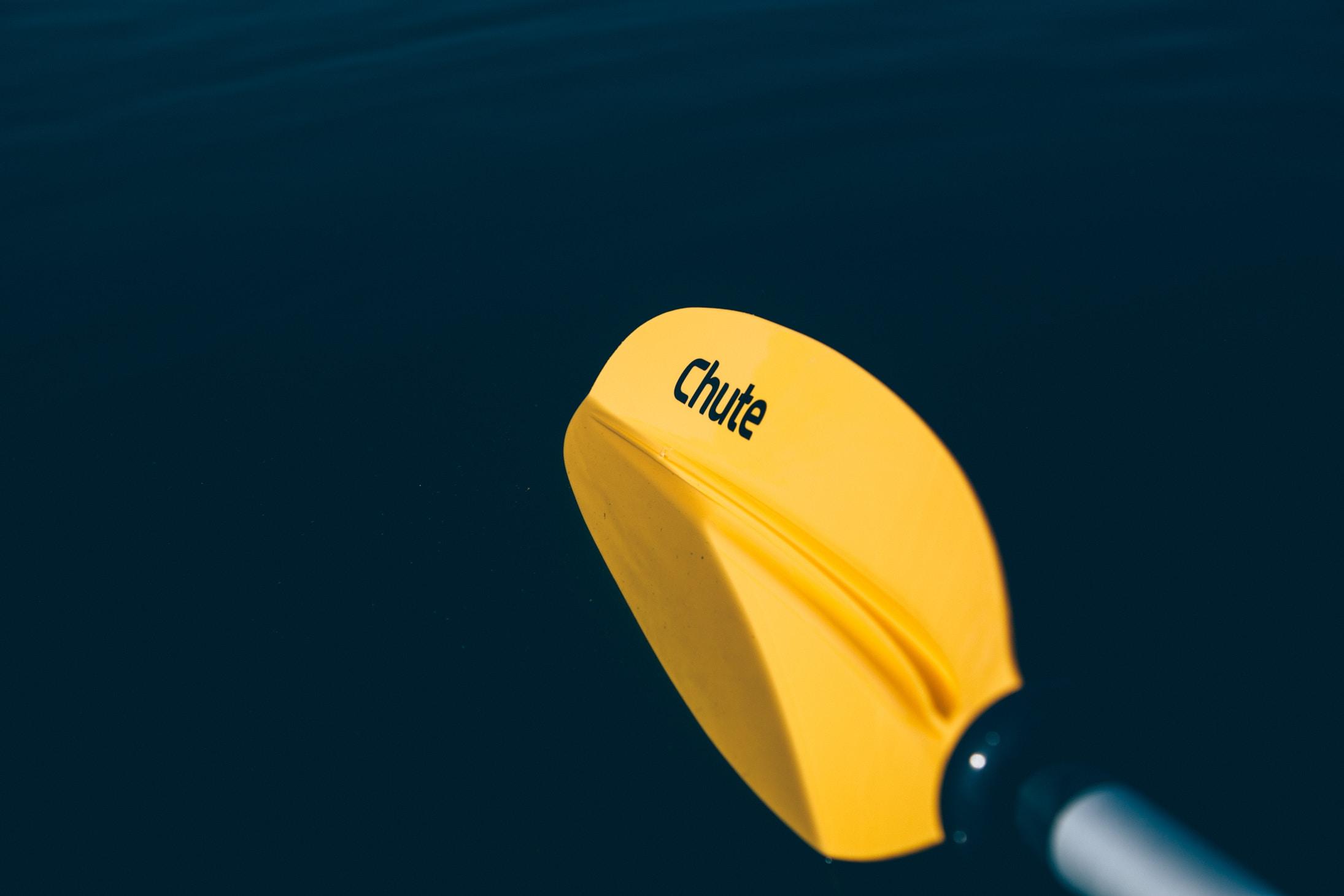 yellow Chute kayak paddle