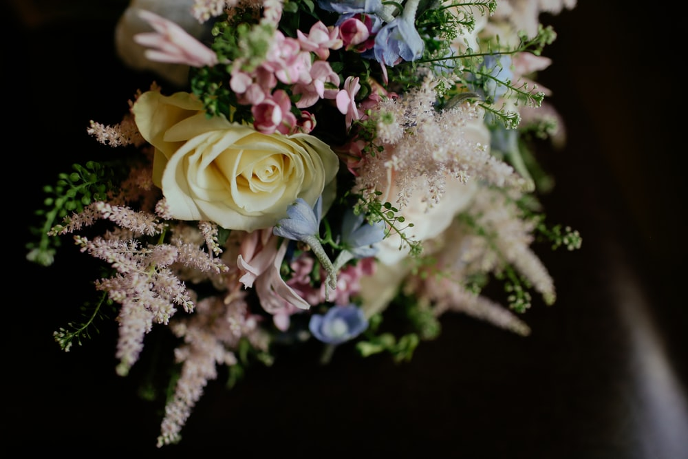 closeup photo of flower bouquet