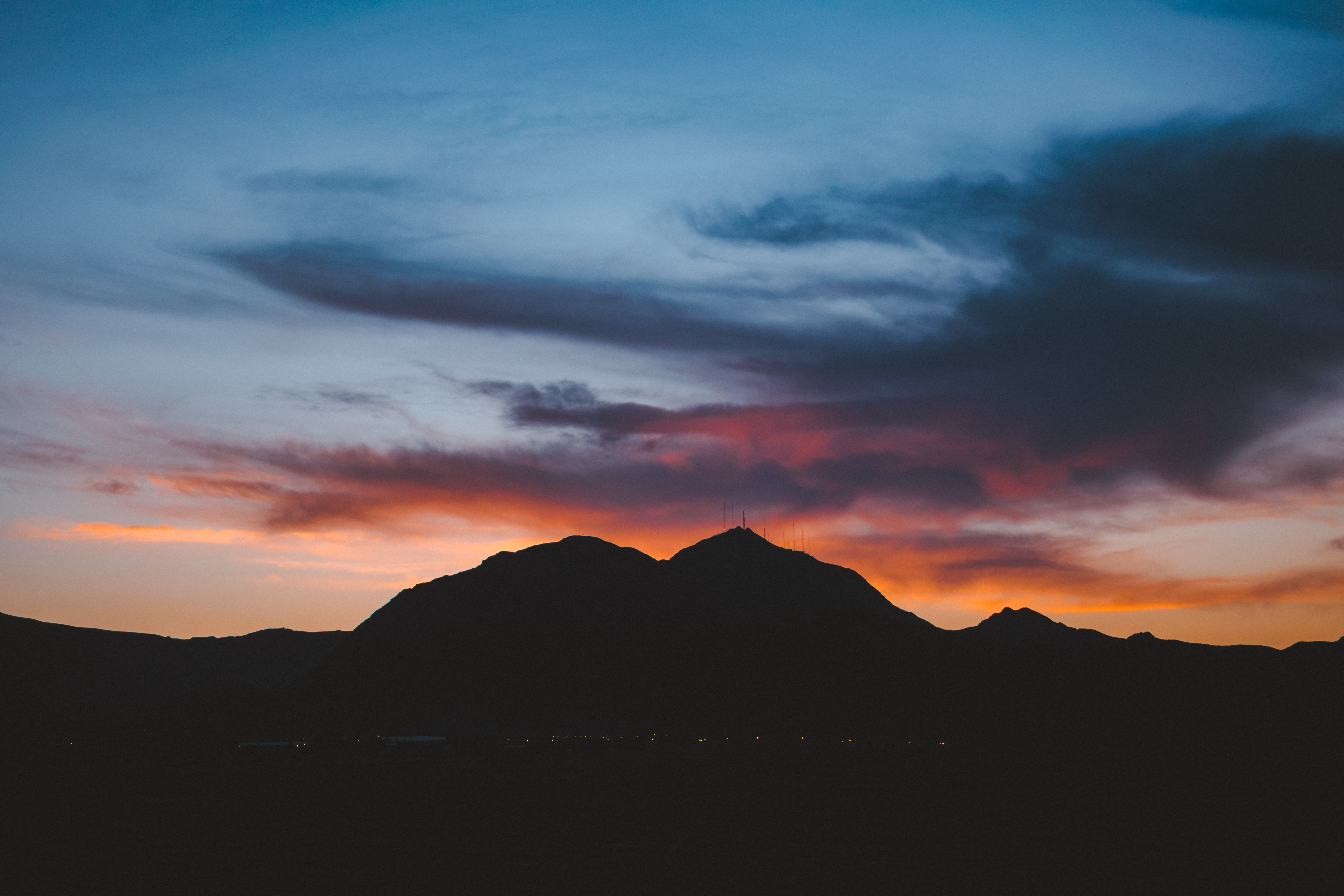 silhouette of mountain during dusk