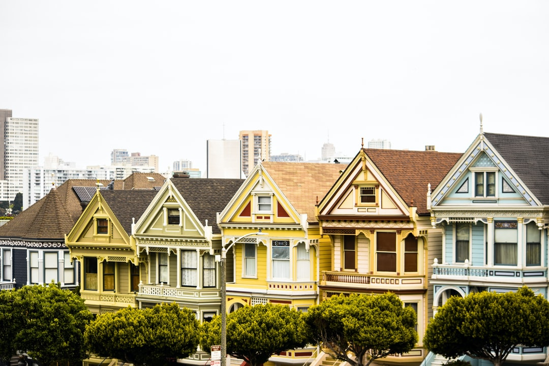 Houses pictures hd download free images on unsplash for Free home search