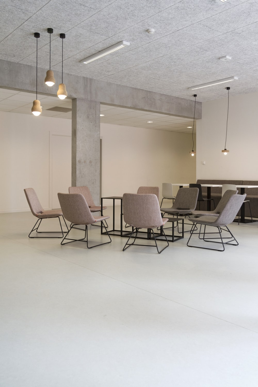 Interior design pictures download free images on unsplash 36 sisterspd
