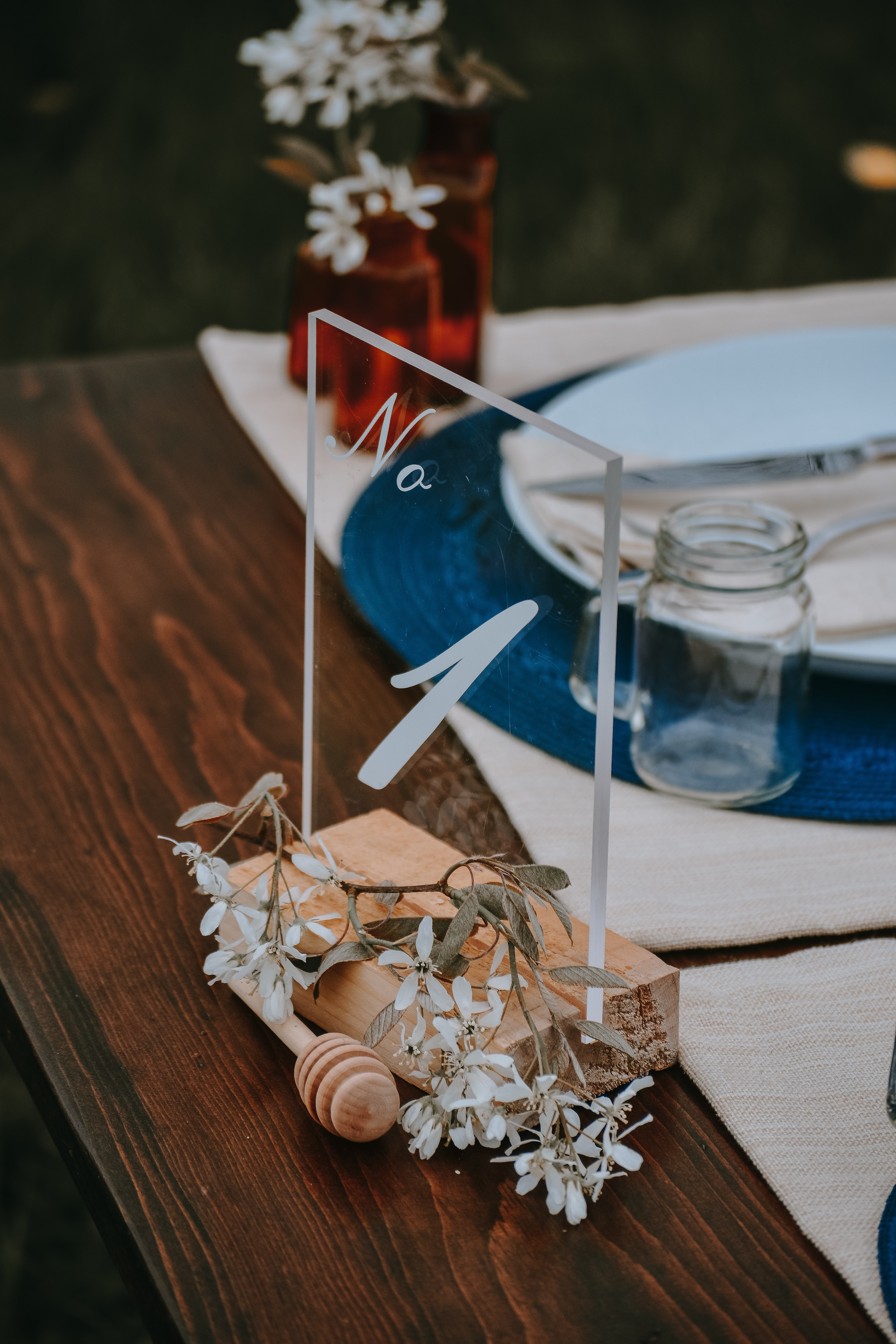 clear glass table decor