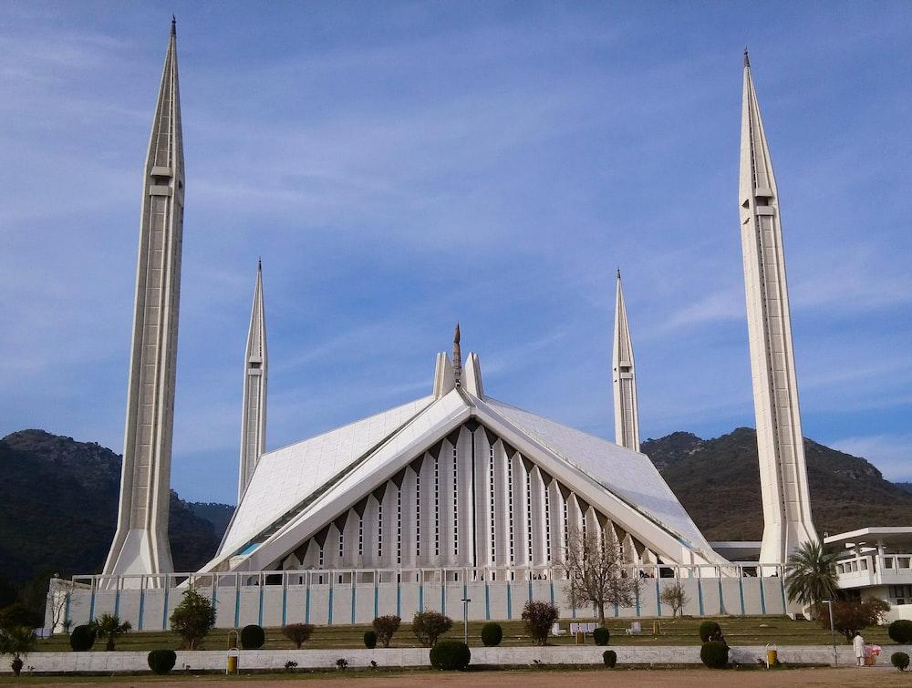 Free Faisal Masjid Image On Unsplash