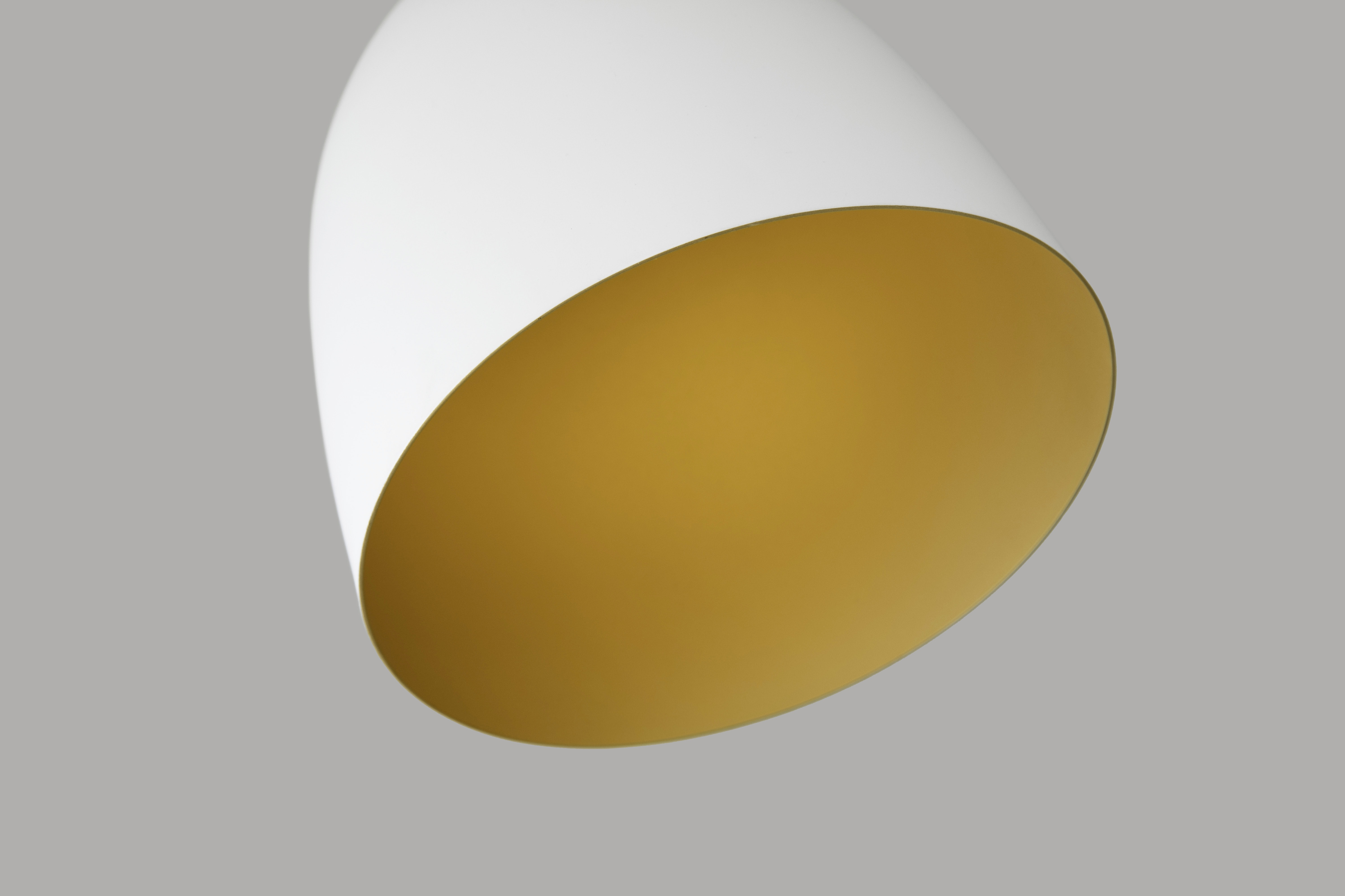round white and yellow bowl illustration