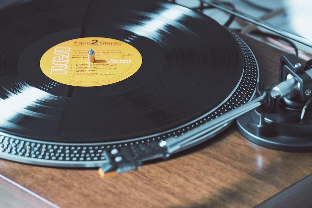 black and gray vinyl player