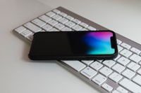 Android smartphone on Apple magic keyboard