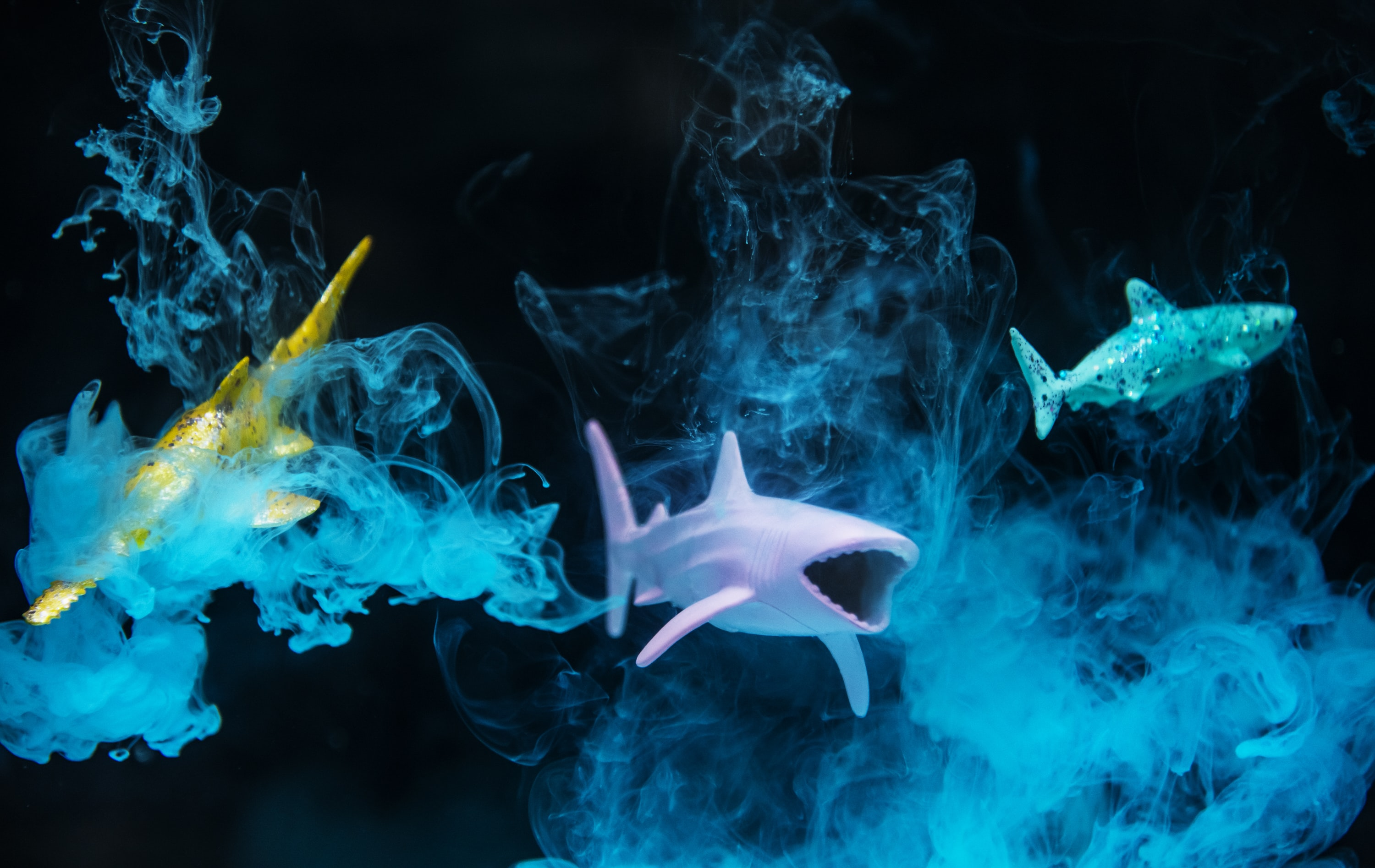 3D shark and smoke digital illustration