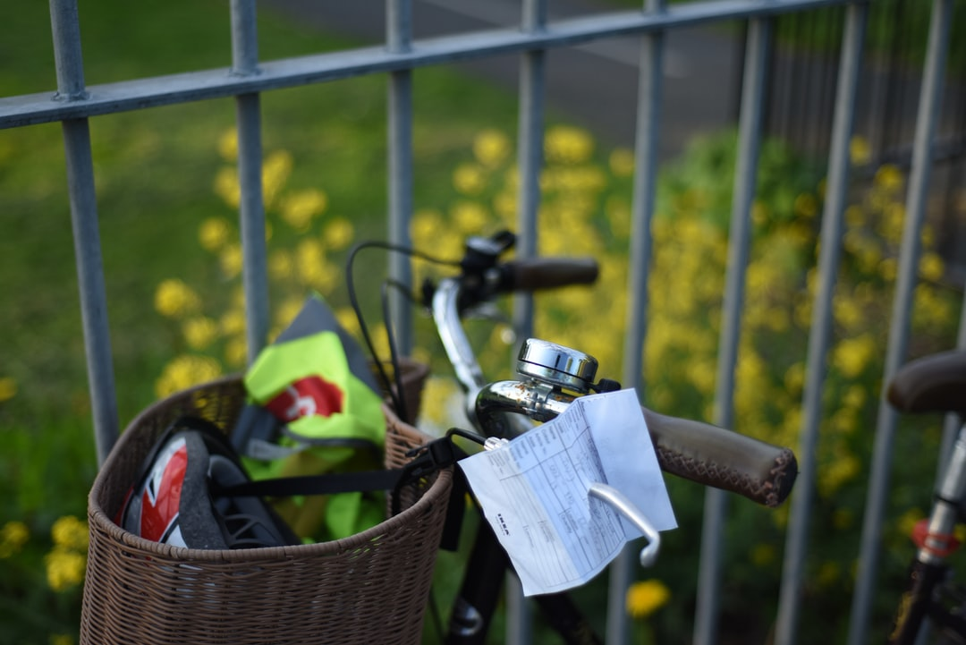 It's a beautiful summer day in Dublin, Ireland. I took a walk through a park near my house. After a warm conversation with a stranger mostly about the weather, I saw this nice-looking bike and tricked the shutter.