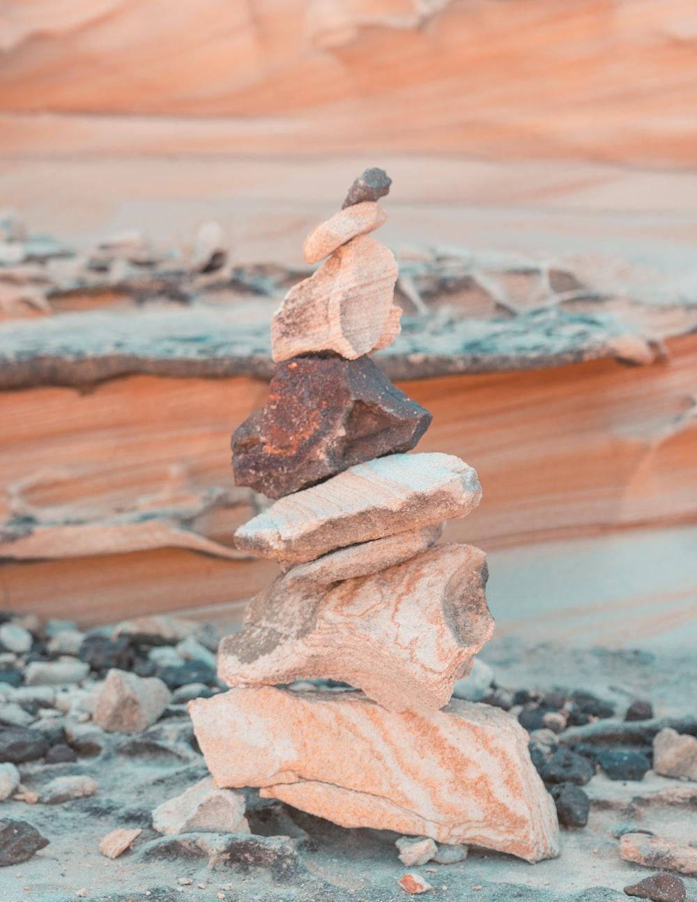 brown rock pile