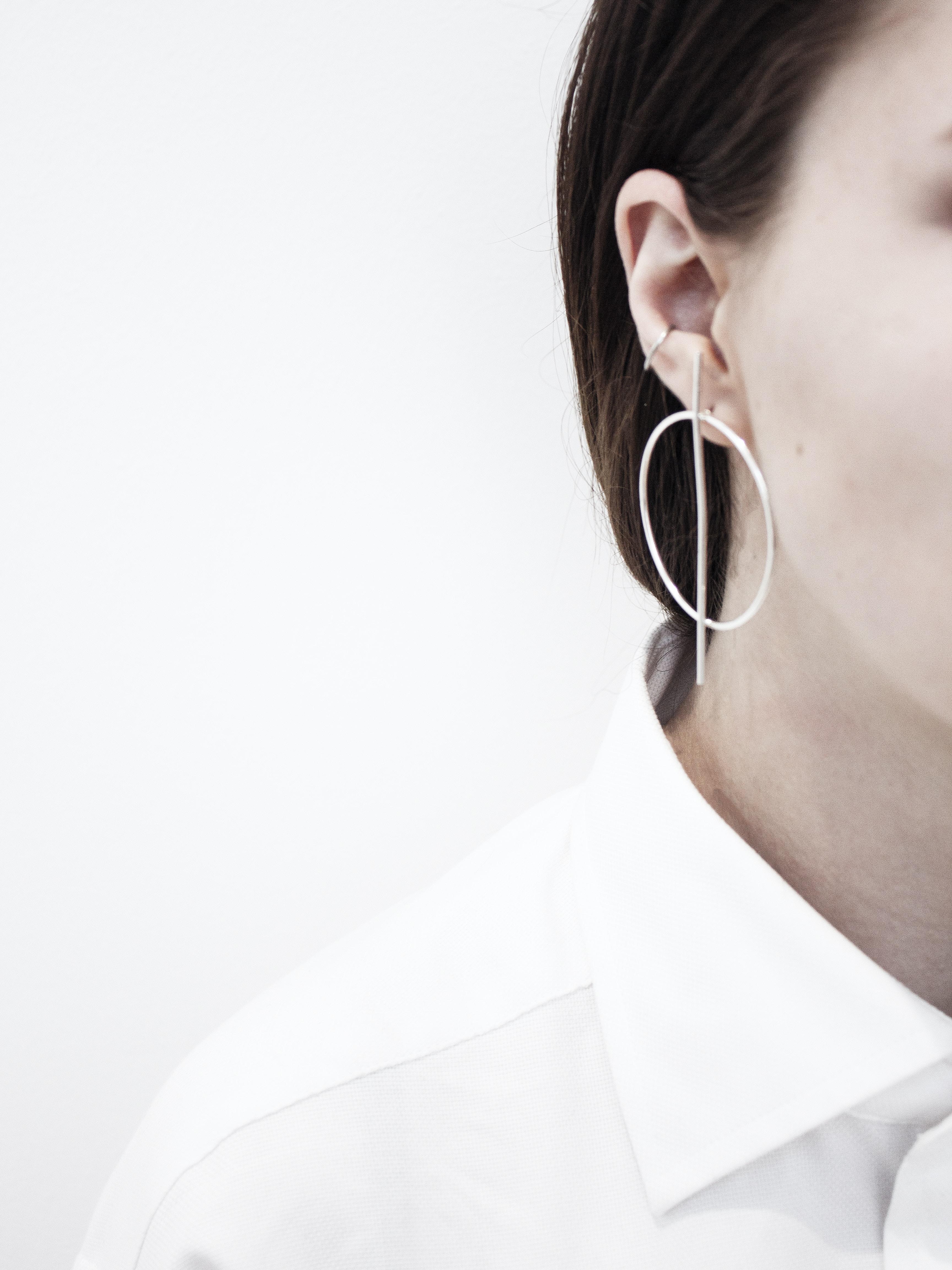 woman wearing hoop earring