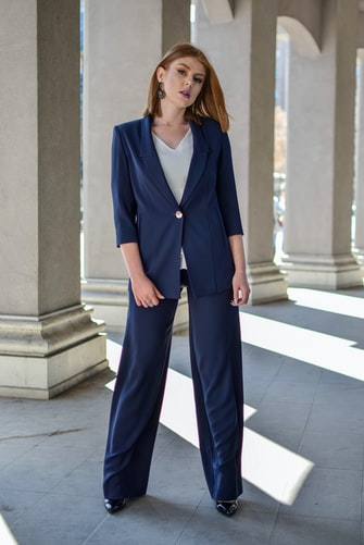 Check out 10 Chic Interview Outfits To Help You Land The Job at https://cuteoutfits.com/chic-interview-outfits/