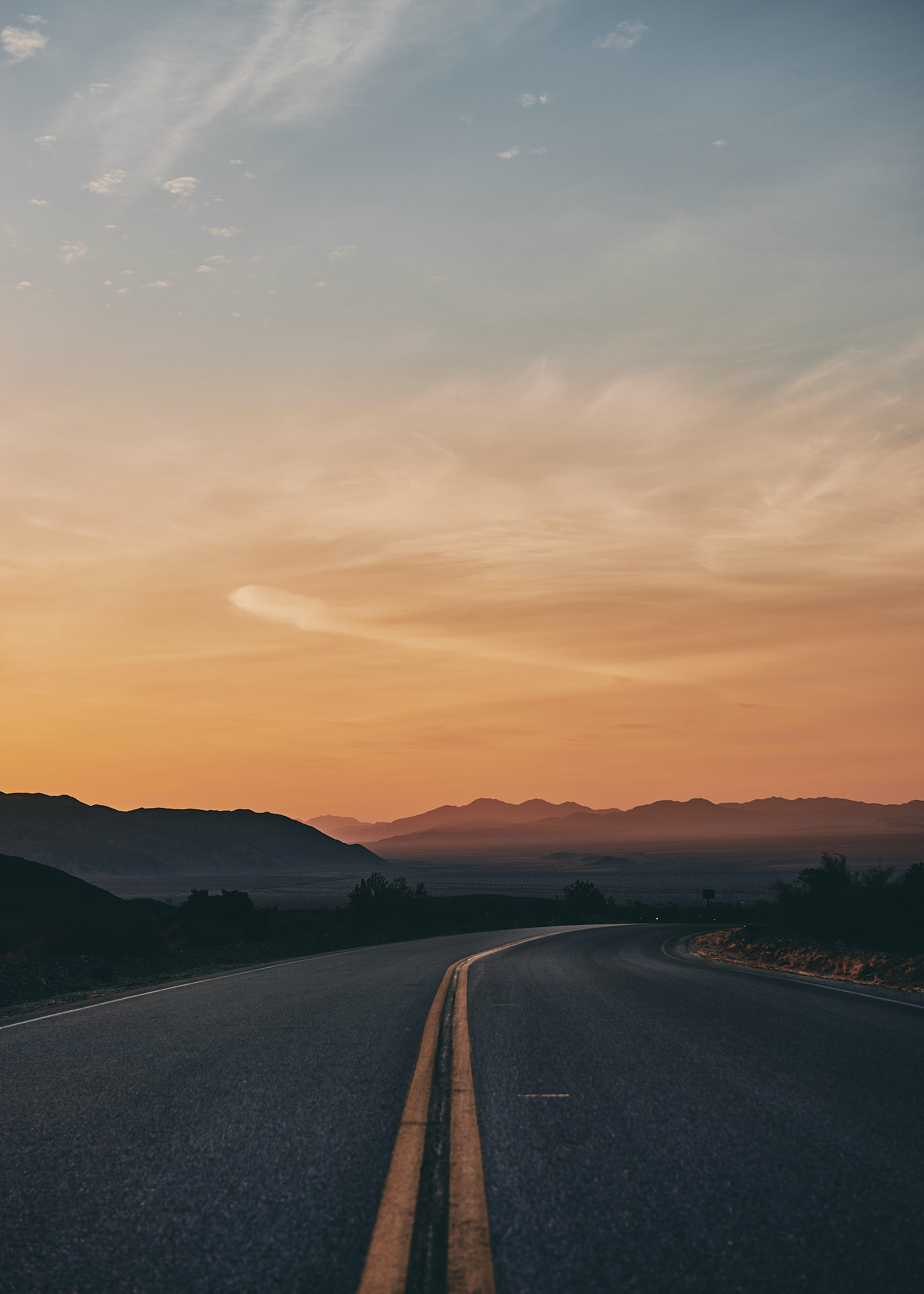 500 Road Trip Pictures Download Free Images On Unsplash