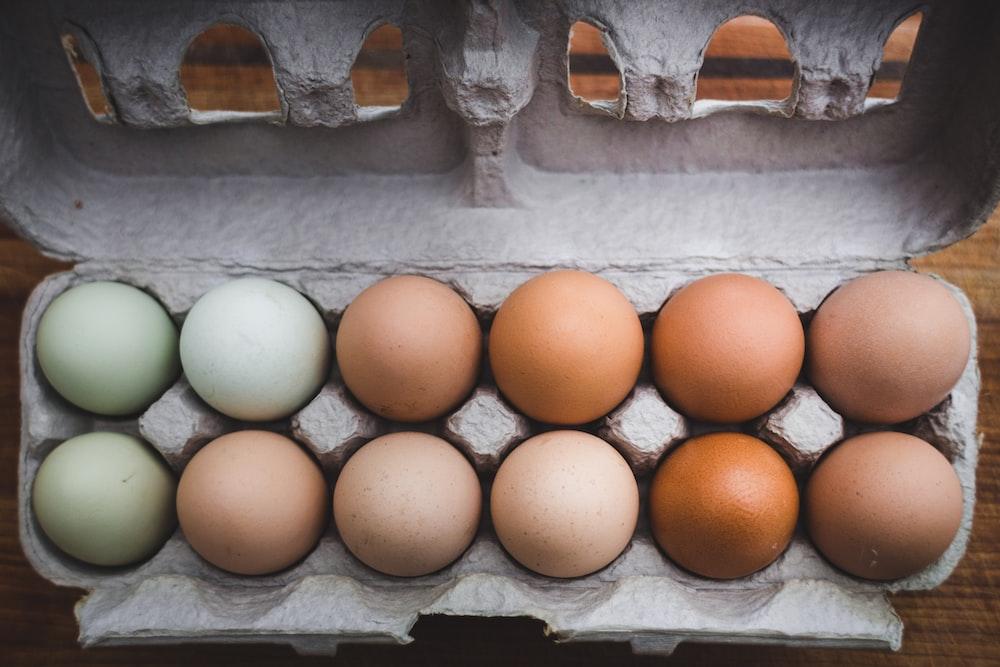 egg piled on tray