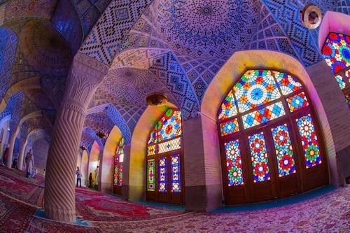 """""""As mesquitas estão vazias dentro do Irã"""", diz líder iraniano sobre o mover de Deus"""