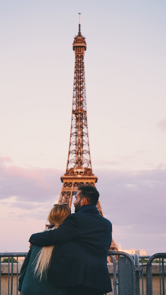 A click of a couple with Eiffel Tower