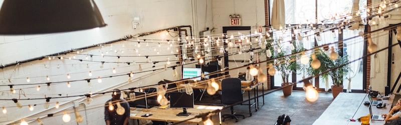 職場環境の良し悪しとは?働きやすい職場に改善するアイデアを紹介。