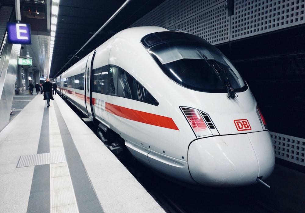 white and red DB train subway