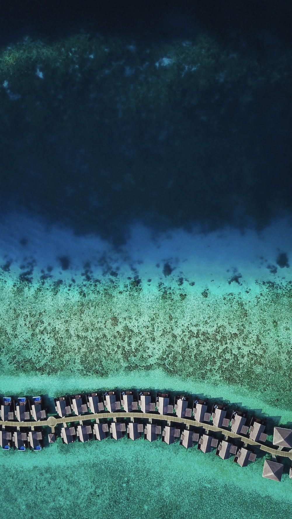 bird's-eye view photography of beach line