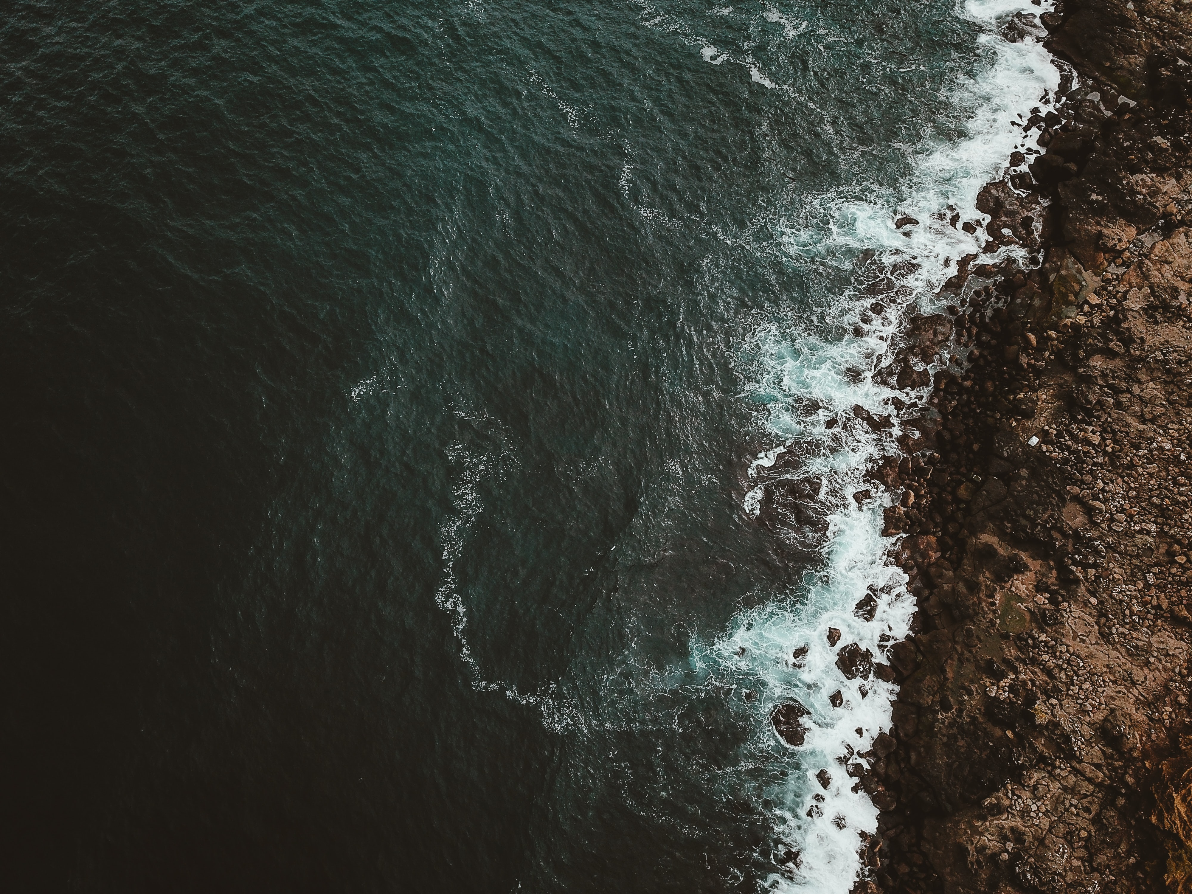 top view photography of body of water