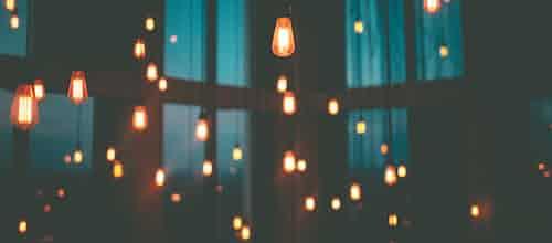 קדיש על חשכה ועל אור: מחשבות על ספרה החדש של דנה אמיר