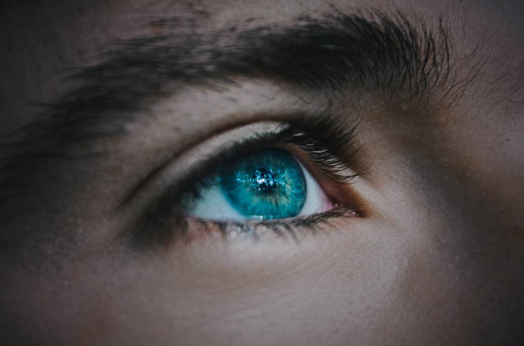 EYE CARE GUIDE: 5 TIPS FOR BETTER VISION