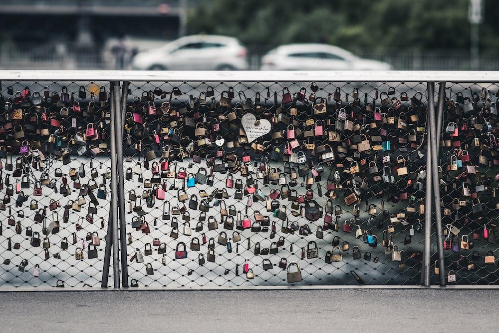 love lock landmark