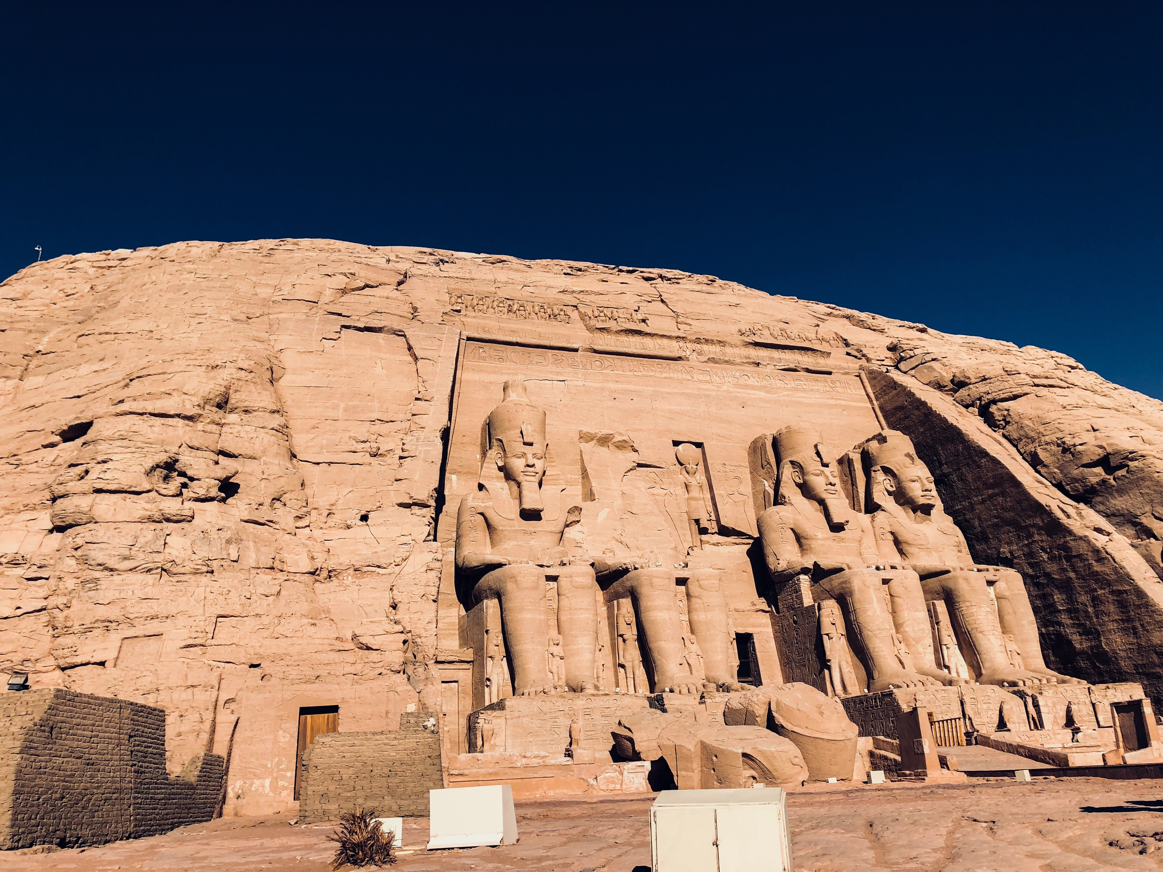 landscape photography of pharaoh statues