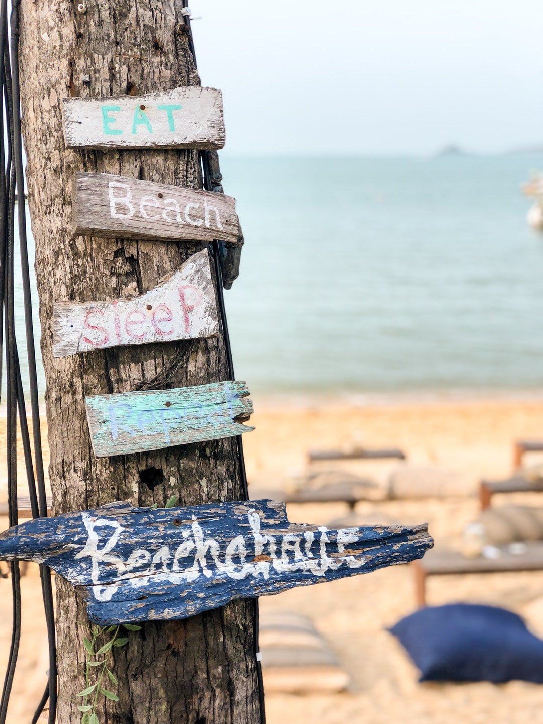 Fantastic little beach bar on Bophut Beach. 💕