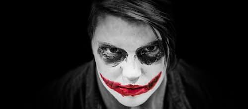 מי שמביט בי מאחור לא יודע מי אני: ניתוח הסרט Joker