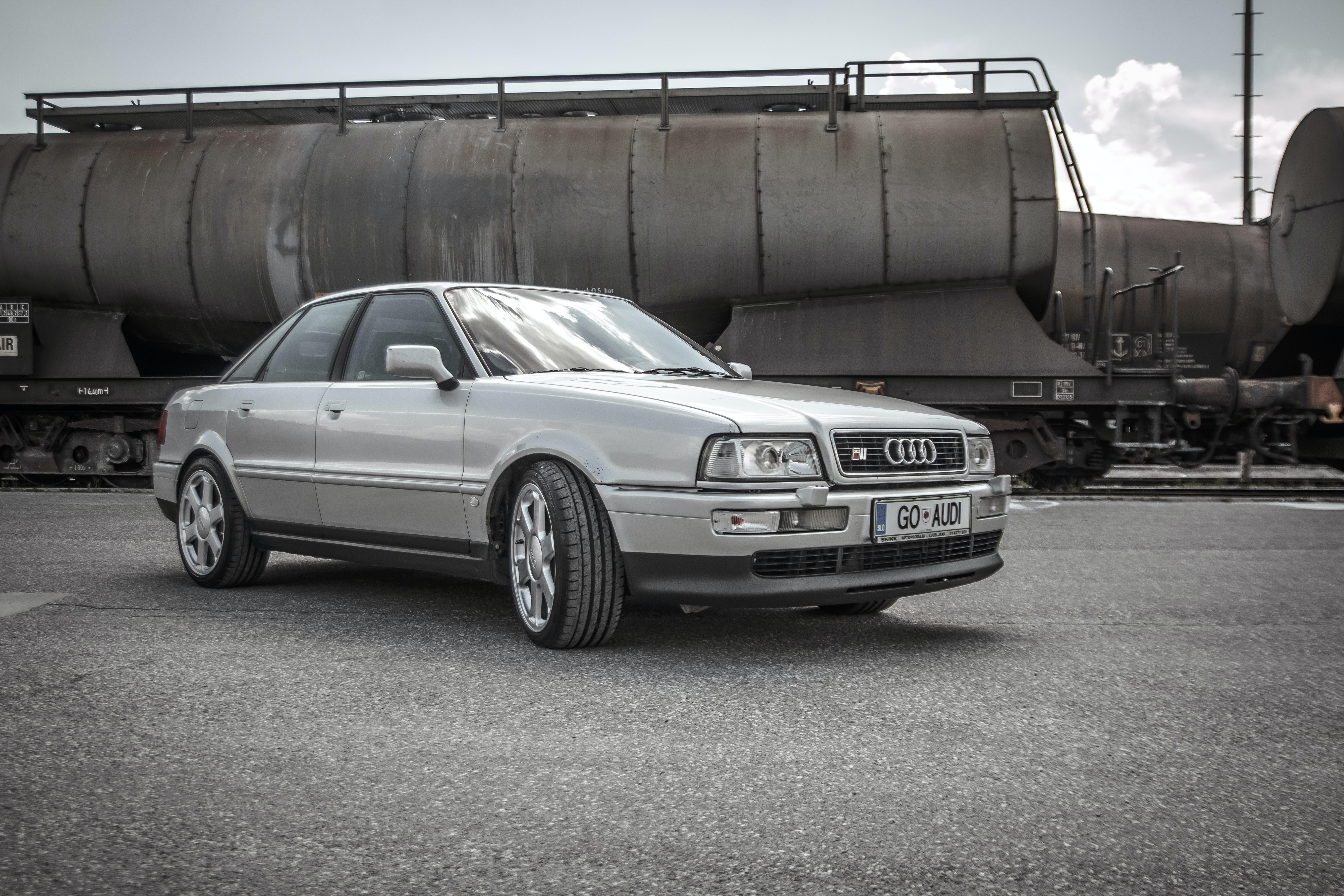 photo of silver Audi sedan on pavement
