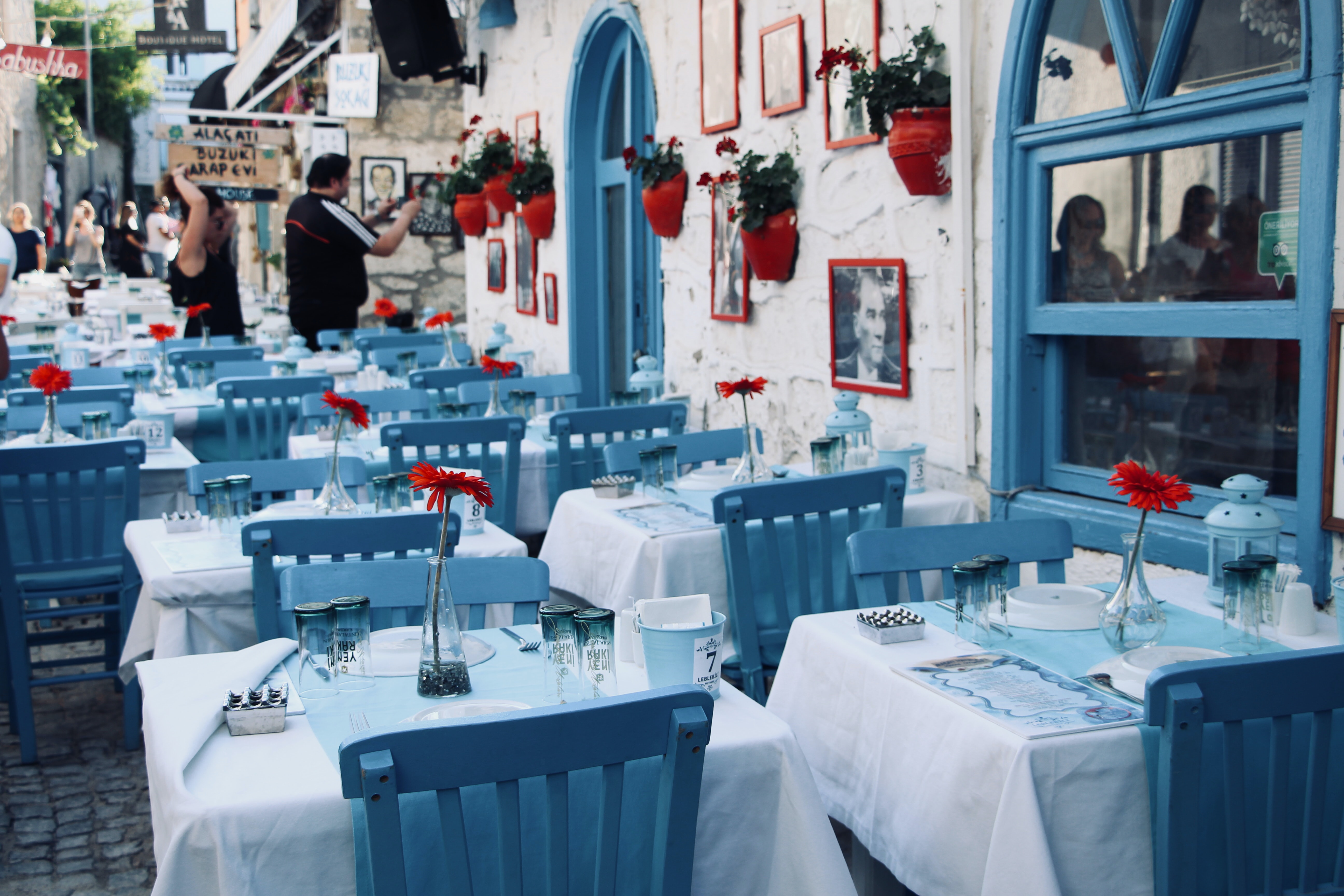 white and blue tables and chairs dining sets