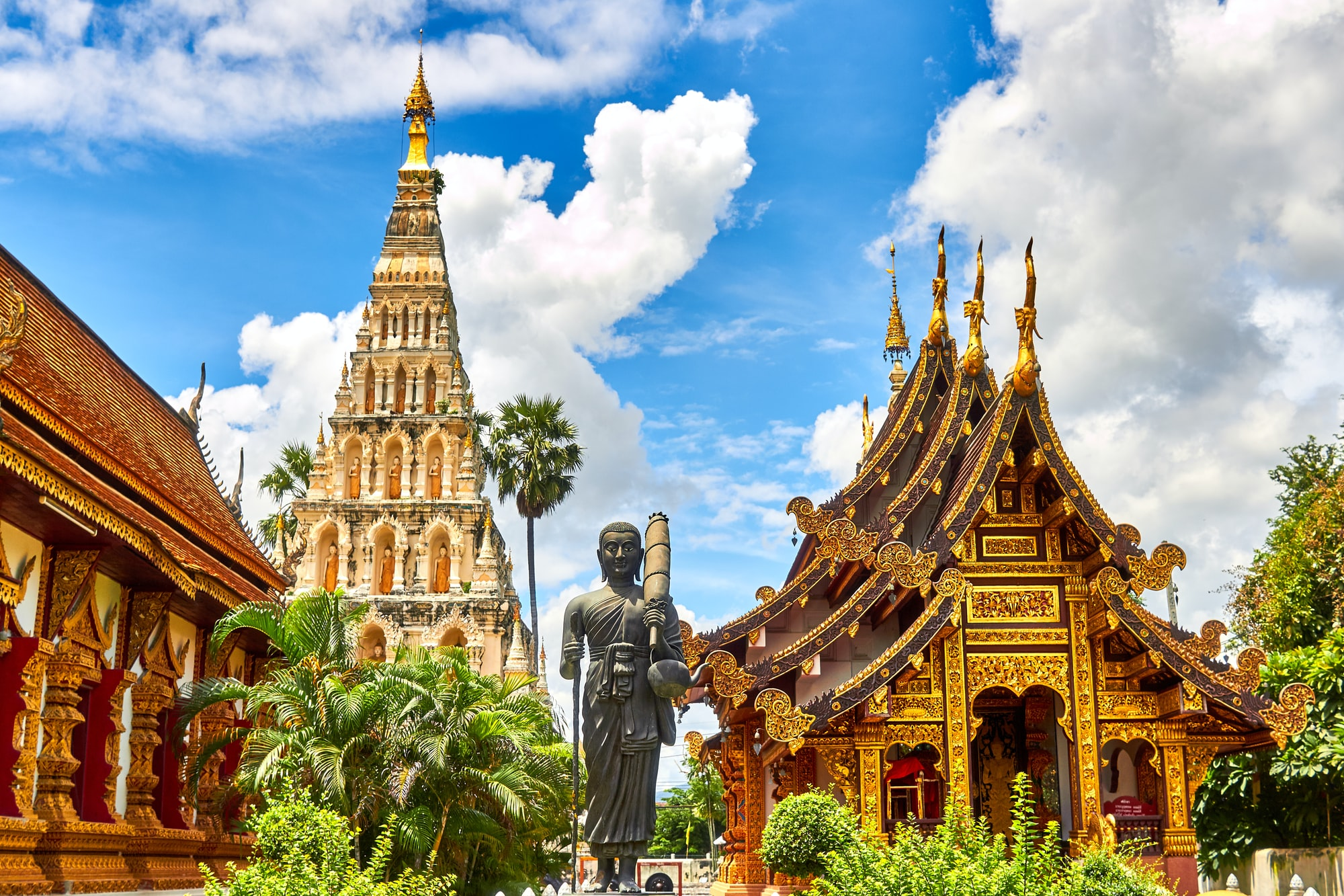 Traveling on motorbike in norther thailand we came across these amazing sculptural temples and buildings.