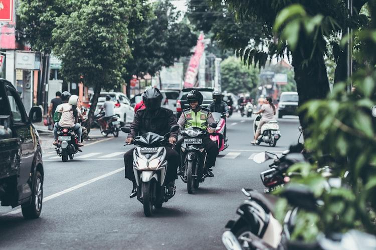 Suasana jalan di Bali