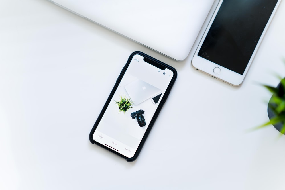 space gray iPhone X
