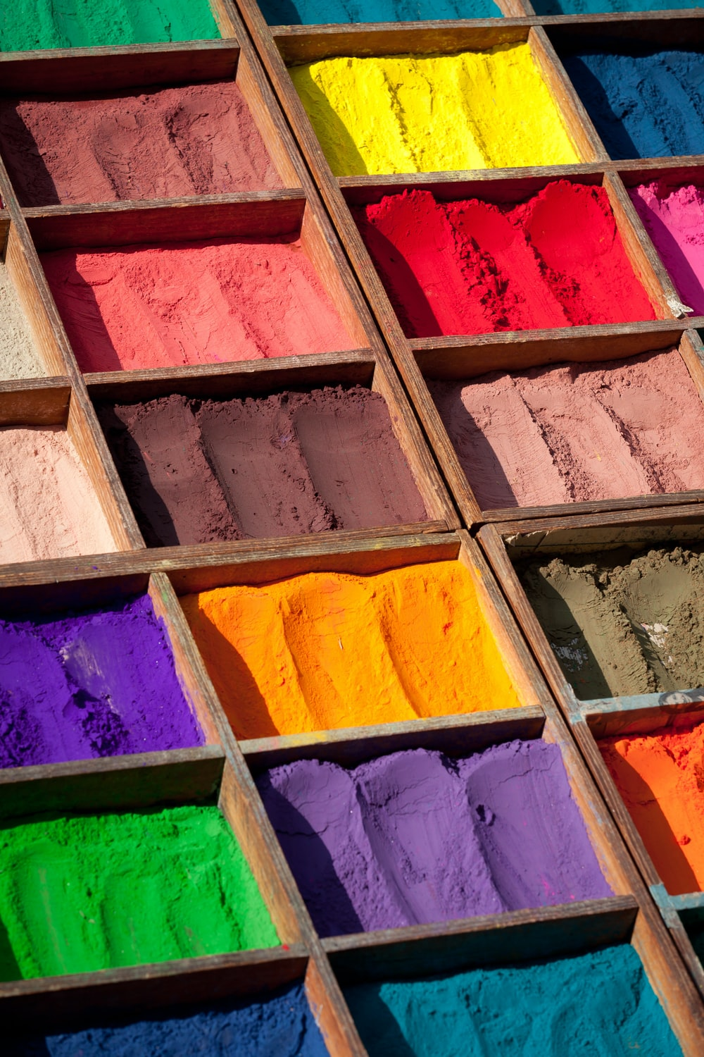 assorted-color powders
