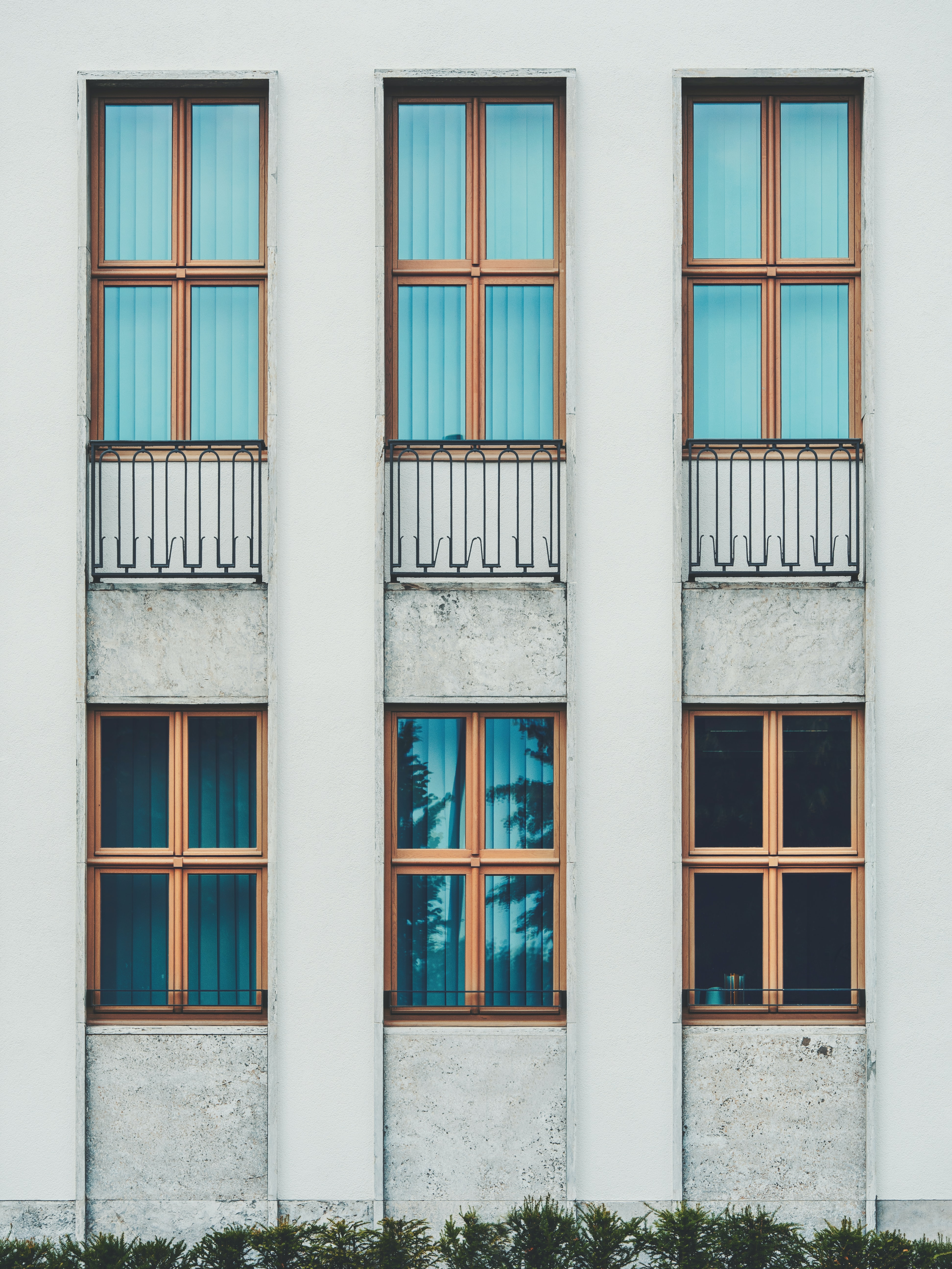 six windows of house photography