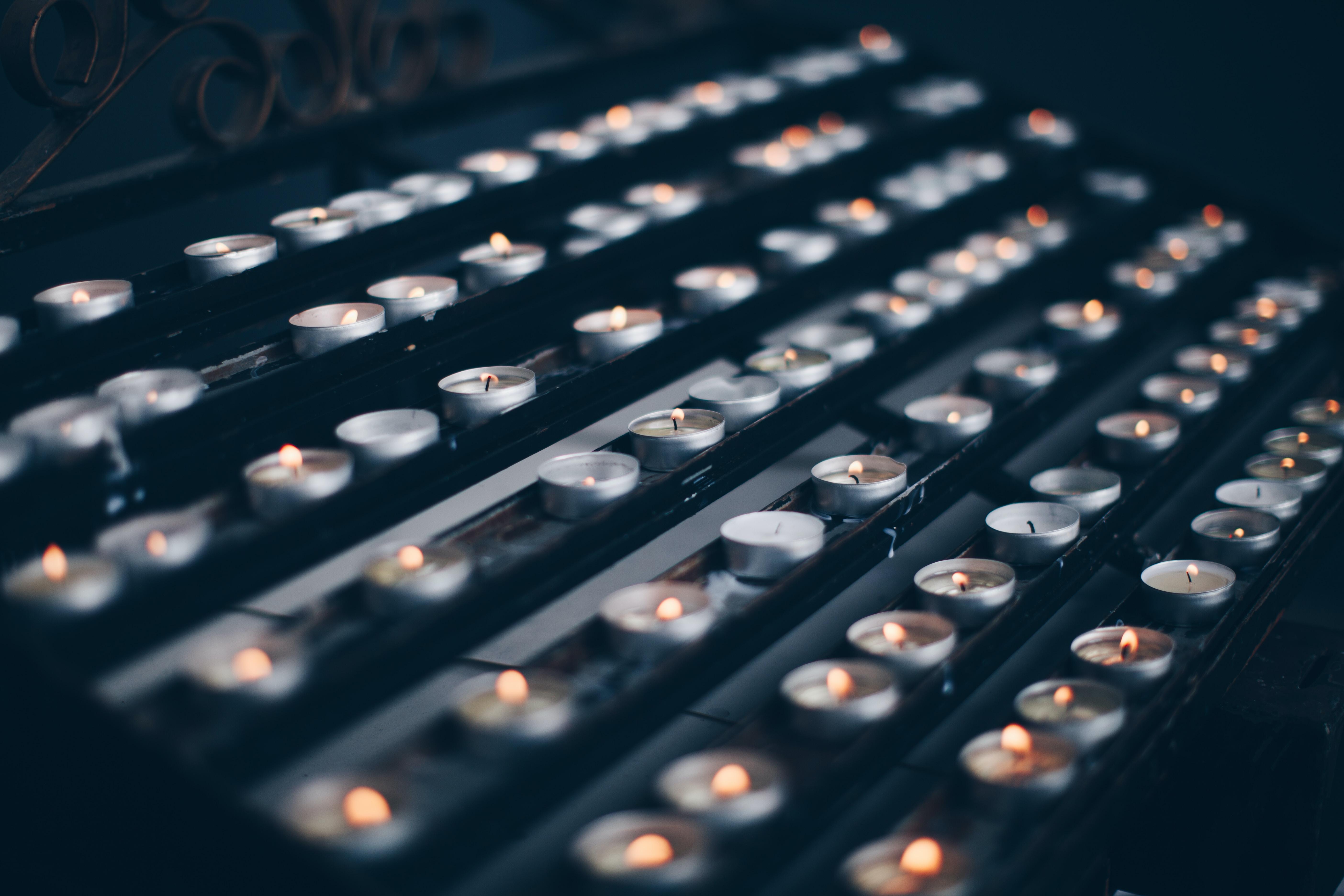 tealight on metal racks