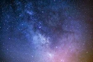 4550. Űr, hold, bolygók